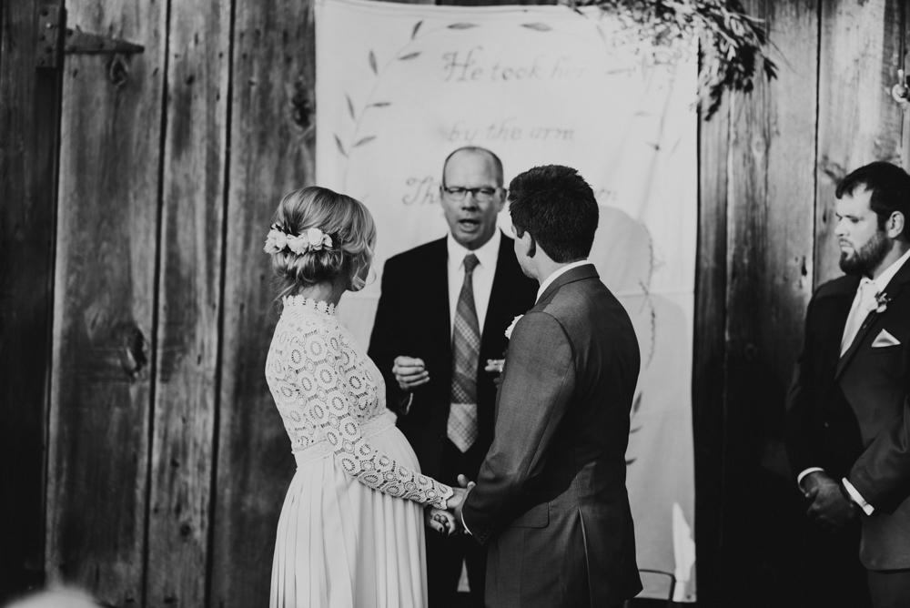 Farm-wedding-at-Mortons-Grove-St-Louis-85.jpg