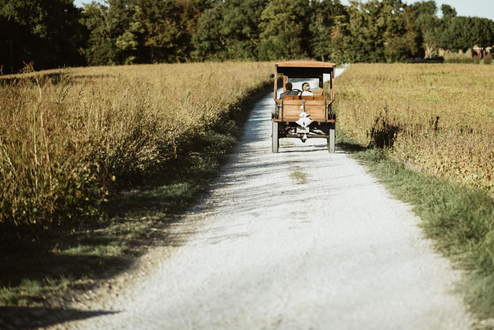 Farm-wedding-at-Mortons-Grove-St-Louis-96.jpg