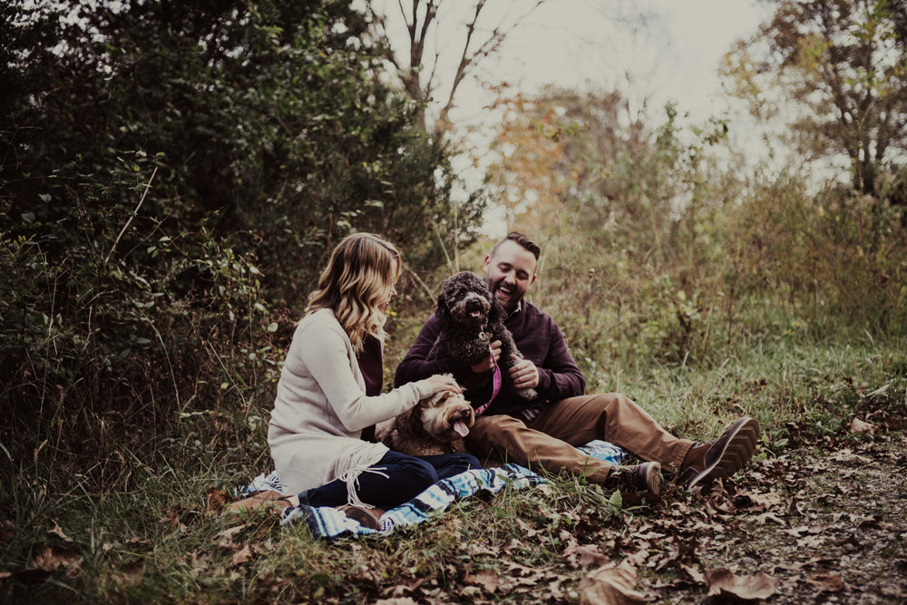 outdoorsy-fall-engagement-photos-St-Louis-5.jpg
