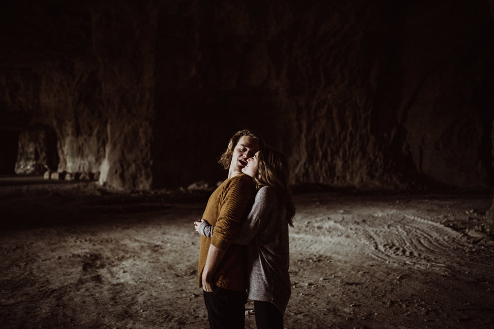 adventurous-engagement-photos-in-a-cave-7.jpg