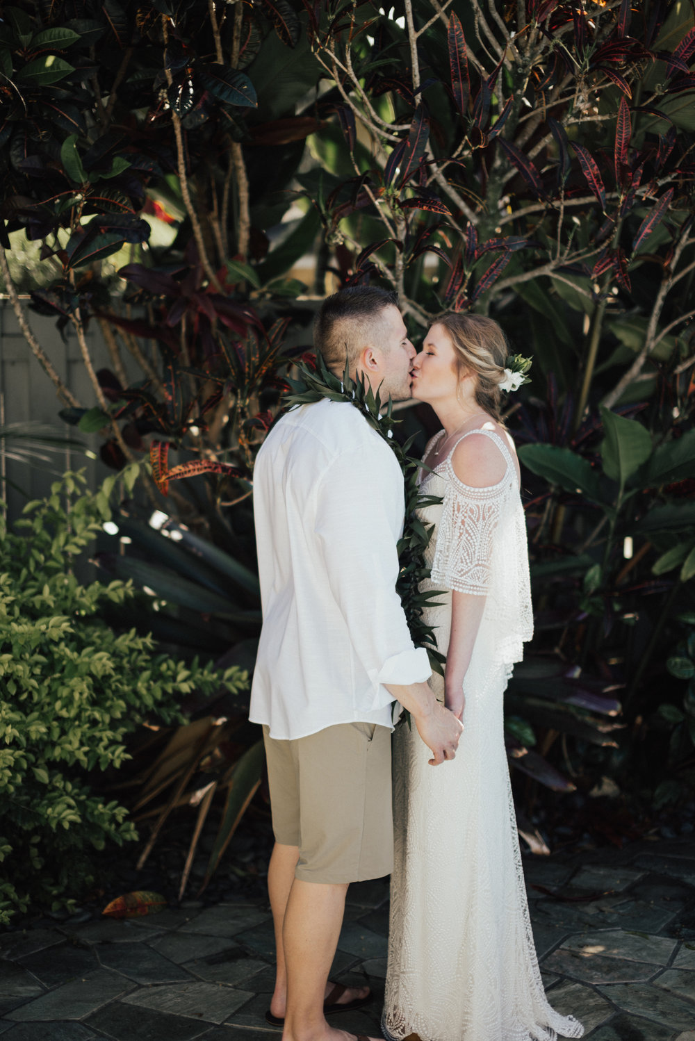 Kauai-elopement-photographer-14.jpg