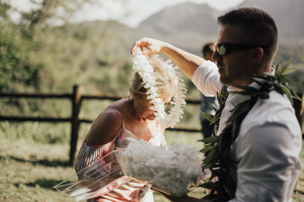 Kauai-elopement-photographer-21.jpg