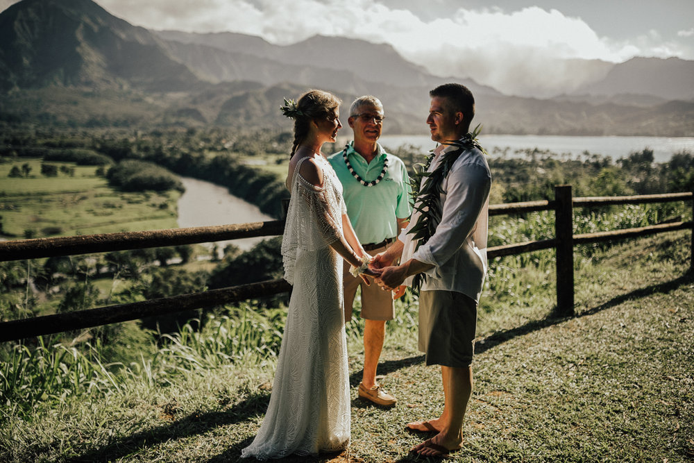 Kauai-elopement-photographer-44.jpg