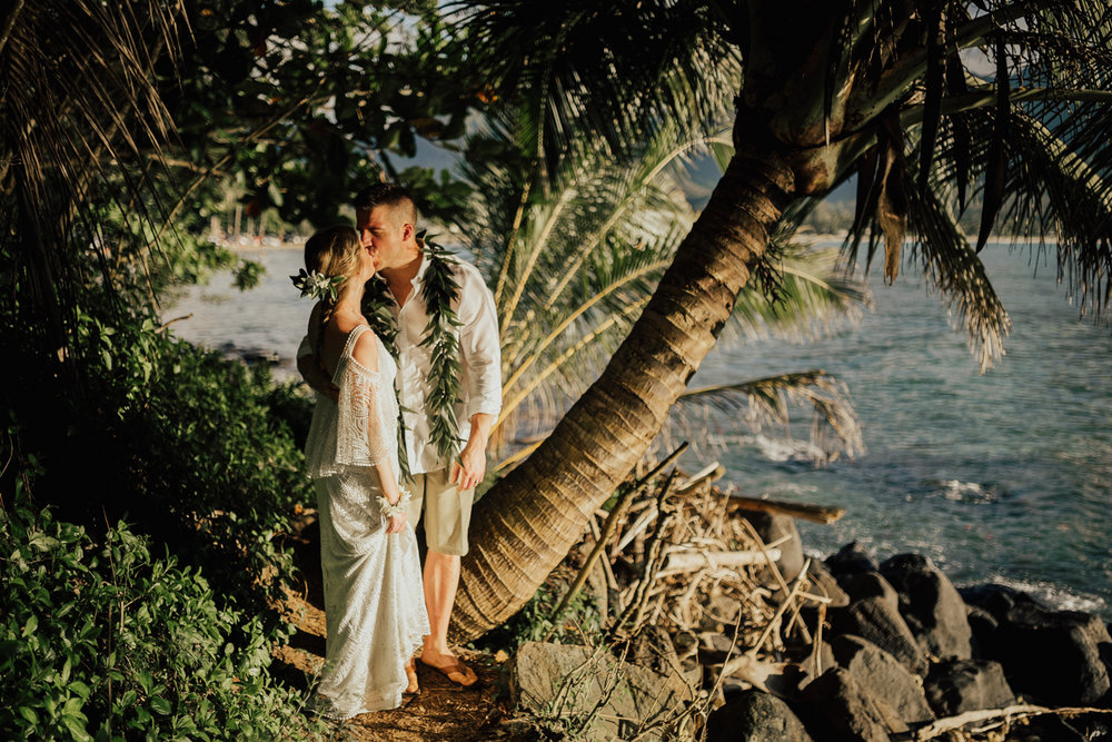 Kauai-elopement-photographer-75.jpg