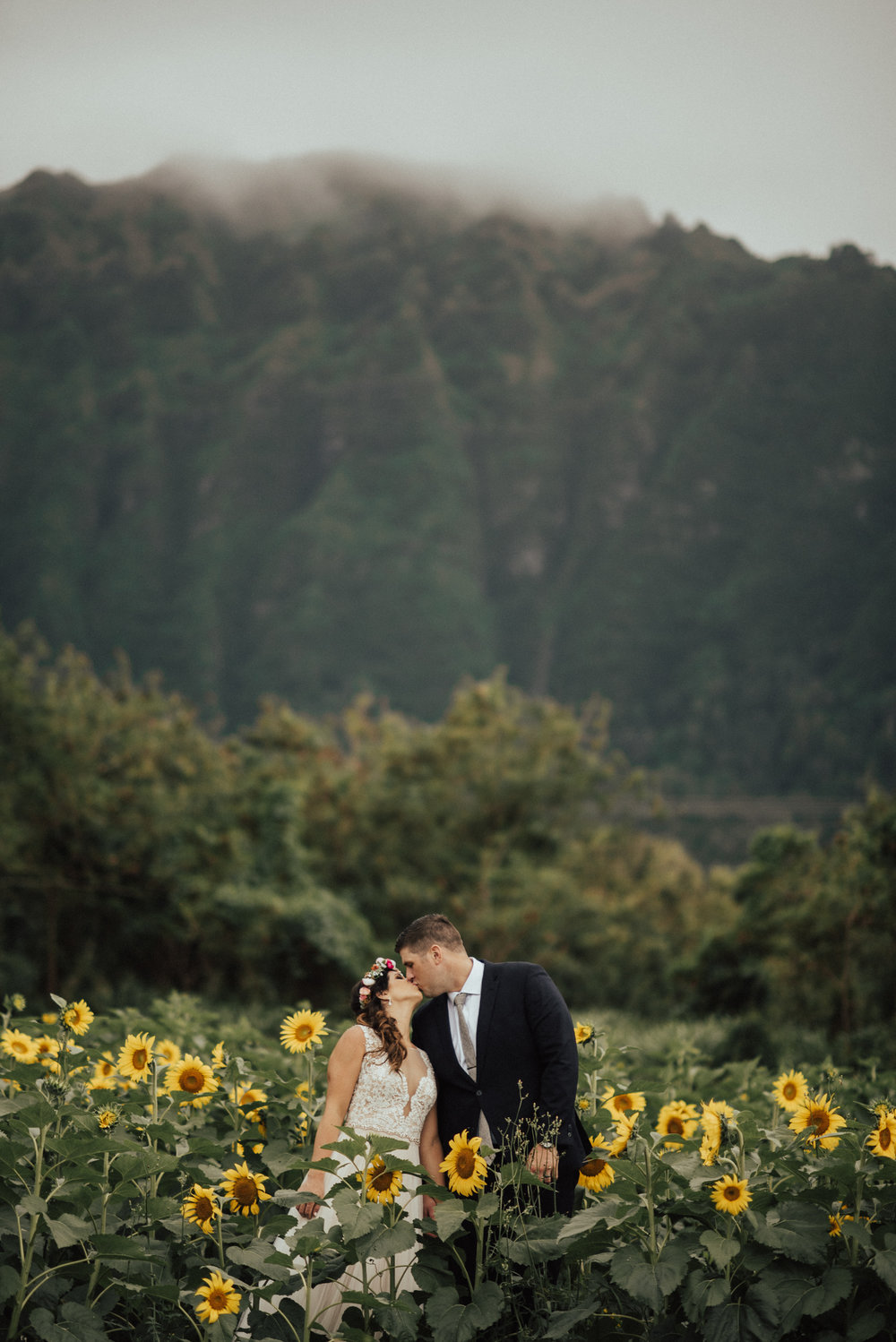 adventurous-Hawaii-elopement-photographers-63.jpg