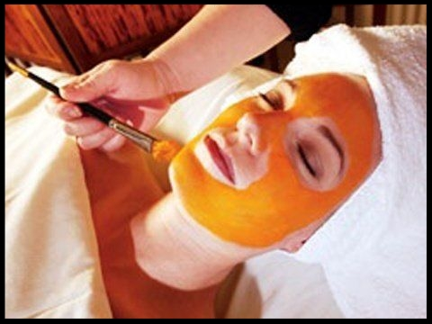 BKEtc Signature Enzyme Recovery Facial75 min | $100 - Packed with reparative antioxidants and vitamin-rich nutrients, this restorative facial includes an ultra-nourishing mask to rejuvenate and balance your complexion and spirit, and a stress-relieving aromatherapy massage of the face, scalp, neck, arms, and feet.