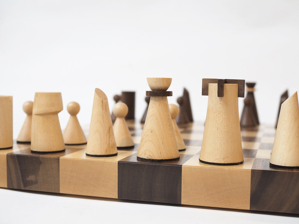 chess-board-maple-walnut-wood-design.jpg