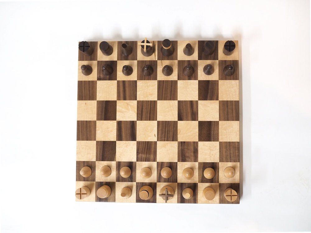 wooden-chess-set-maple-walnut.jpg