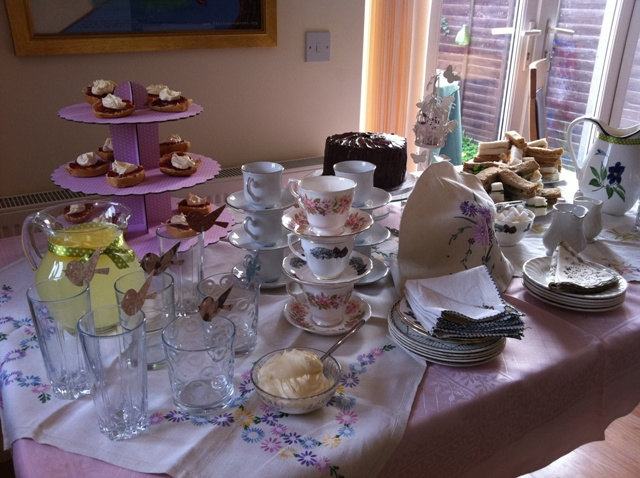 Vintage tea party table1.jpg
