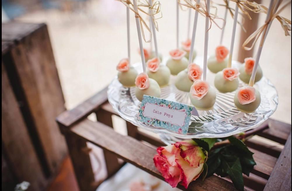 Vintage Rose Cake Pops