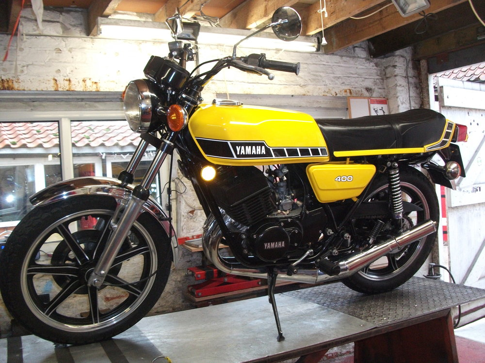 NOW SOLD …. . 1978 Yamaha RD400E UK bike, i have known this bike since 2008 when i carried out some restoration work on it, just 2 owners in that time, one a good friend of mine and the other my son in law, Lovely clean presentable bike , genuine small can Gibson Allspeed pipes that sound amazing, 12 months MOT ,