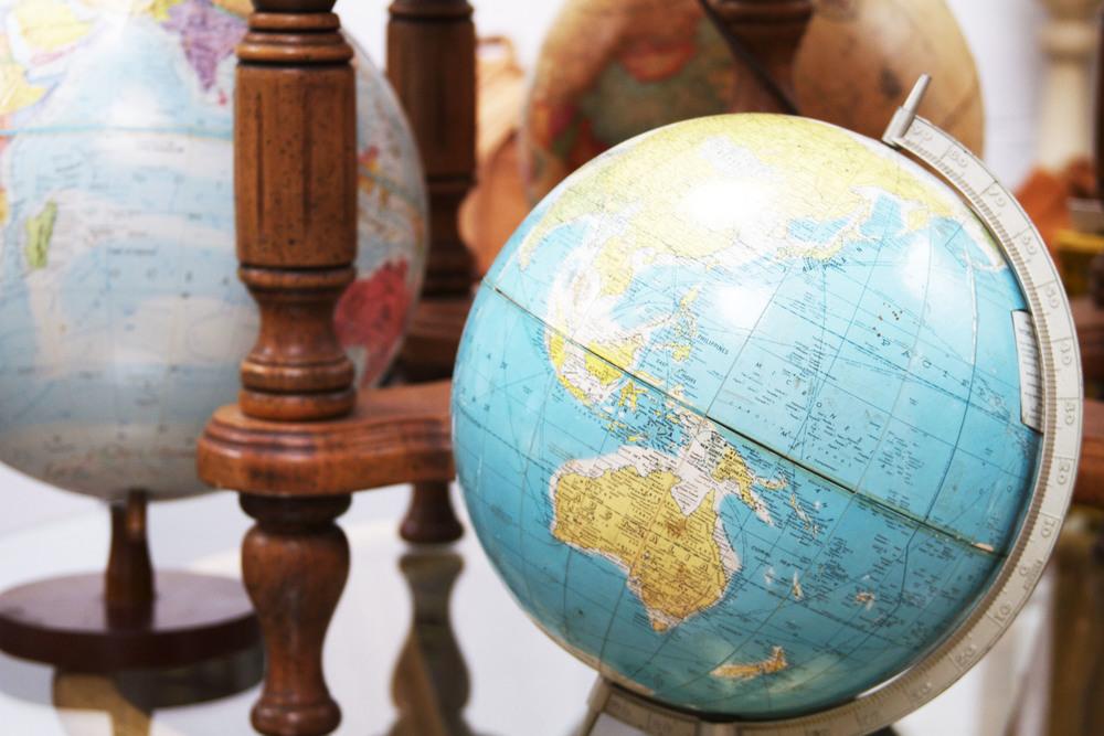 globes.jpg