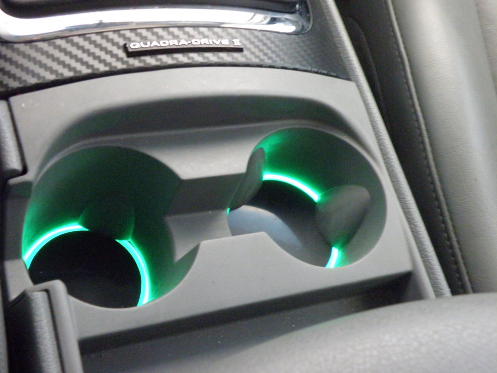 Lighted cupholders in a 2007 Grand Cherokee