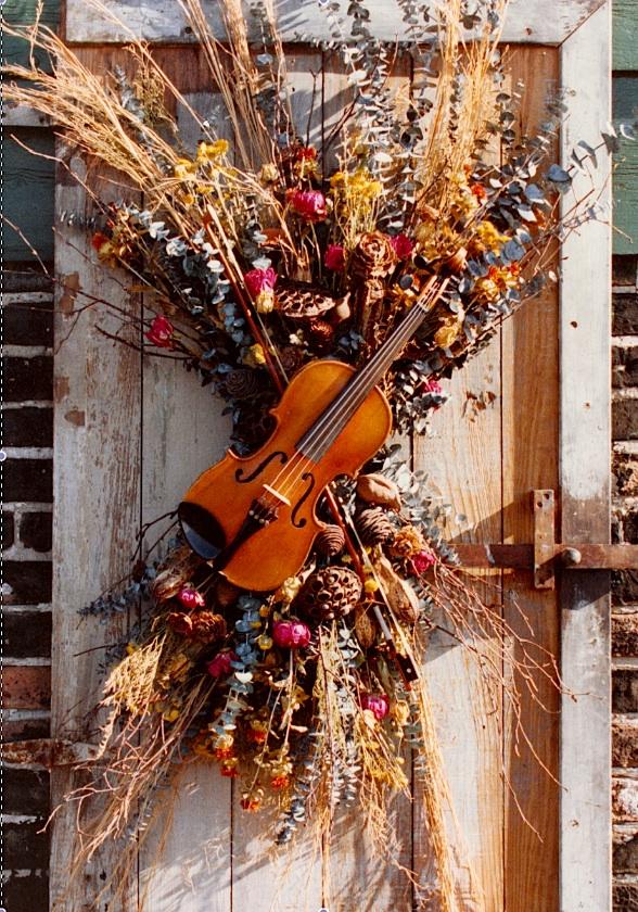 violin door.jpg