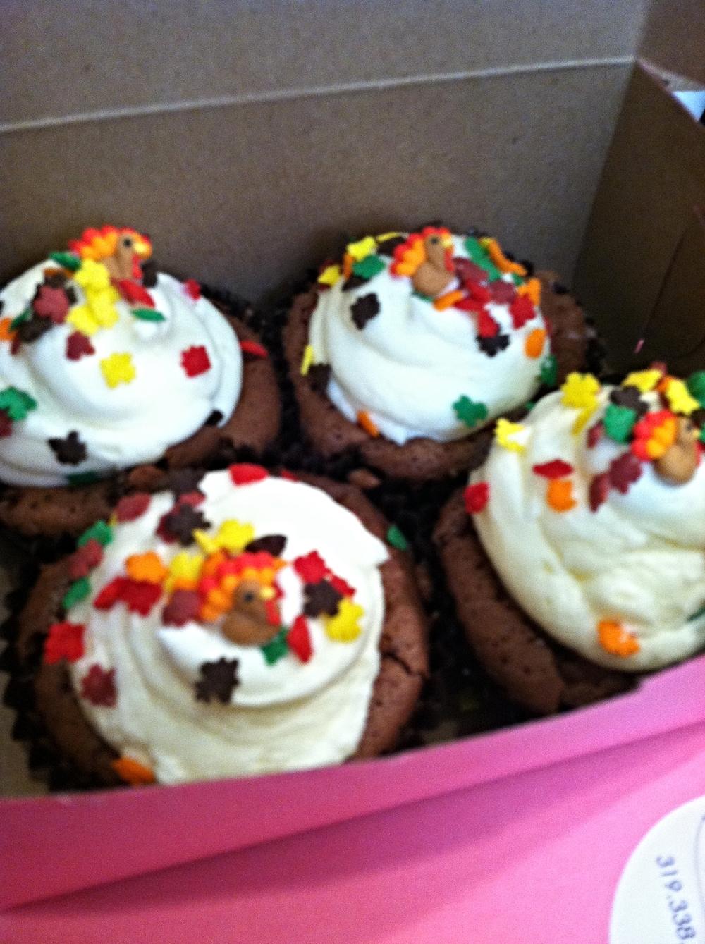 JennySingleton from Umbrella Salon in San Jose, CA sends cupcakes to Buzz Salon, Iowa City, IA to say thank you!