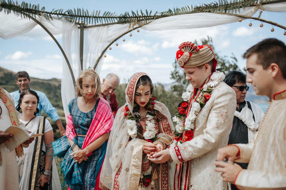 wainui-wedding-blog-aaronsami-102.jpg