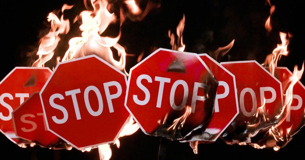 Stop_w.jpg