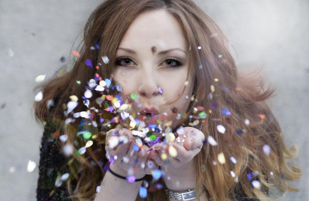 #8 Glitter.jpg