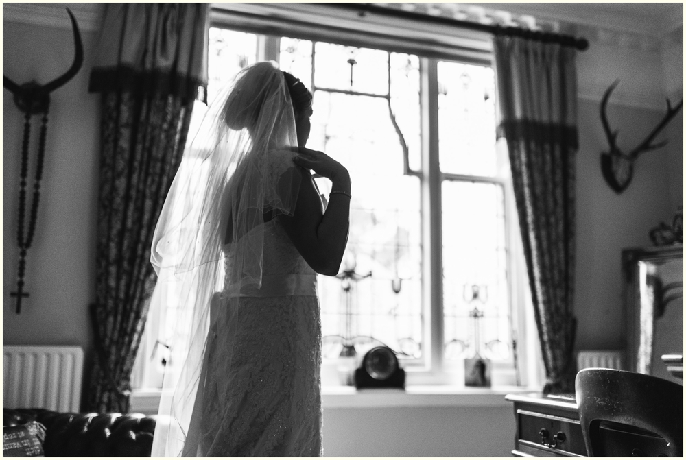 Nikki_Cooper_Photography_Rich&Sarah_Wedding_Photos_Crown_and_Sandys_Ombersley_Worcester_1015.jpg