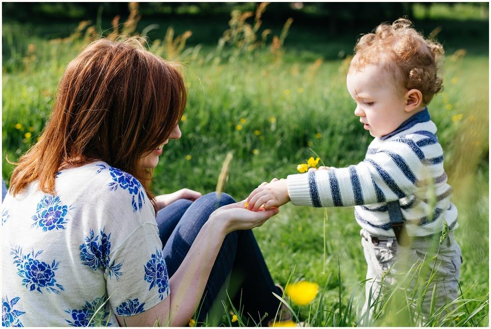 Emma& Paul_eshoot_NikkiCooperPhotography-1016.jpg