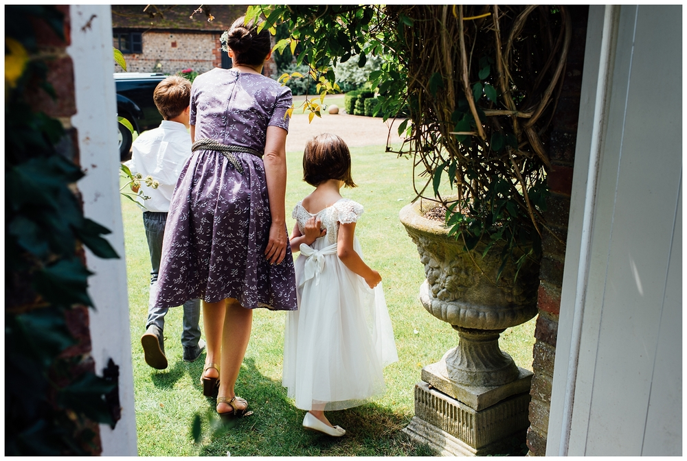 Nikki_Cooper_Photography_Lucy&Scott_Wedding_Photos_The_Crab_Tree_Pub_Horsham_1023.jpg