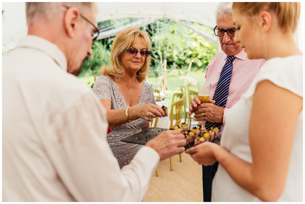 Nikki_Cooper_Photography_Lucy&Scott_Wedding_Photos_The_Crab_Tree_Pub_Horsham_1090.jpg
