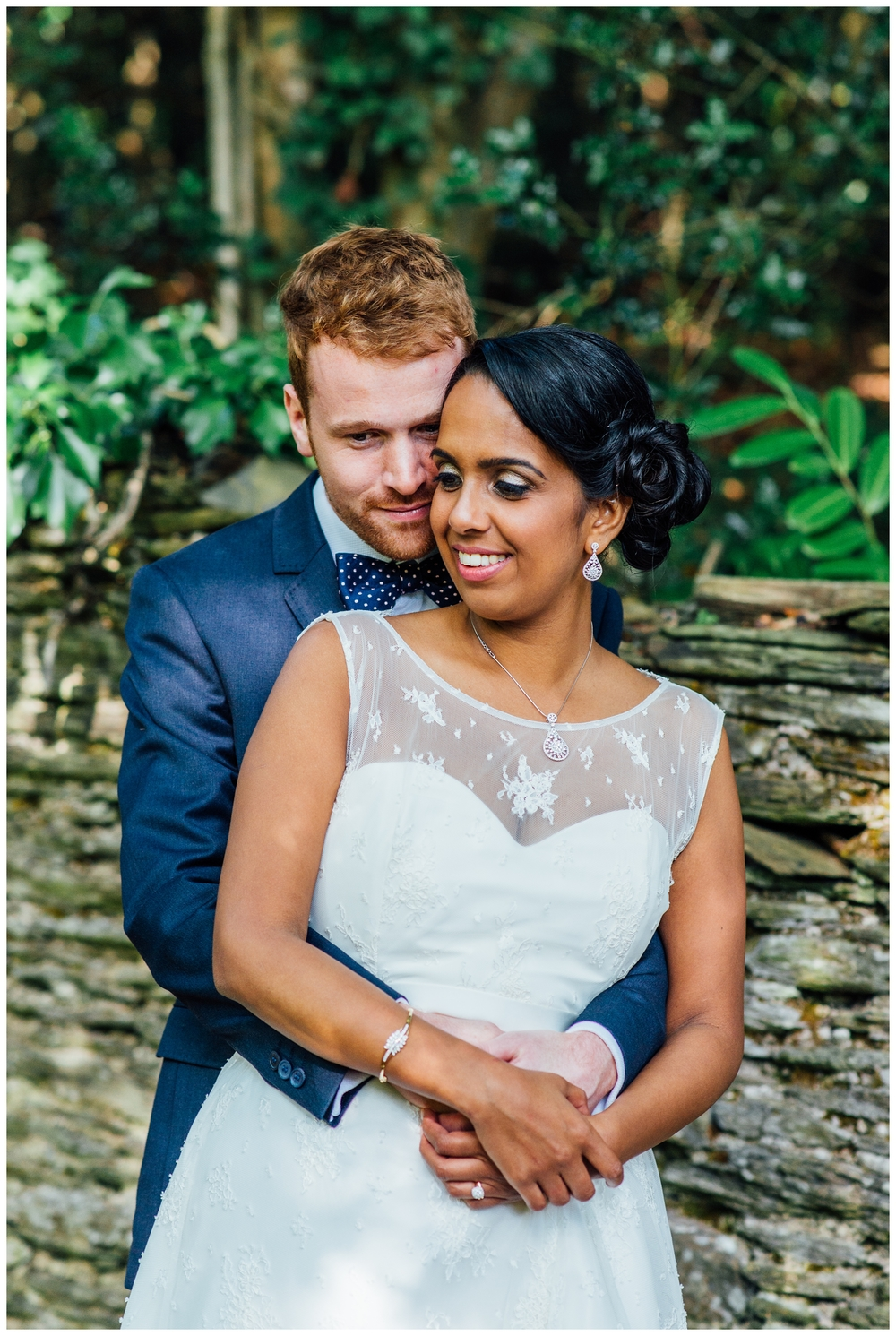 Rich&Dhikshana_Lupton_House_Devon_Hindu_English_Fushion_Wedding_0034.jpg