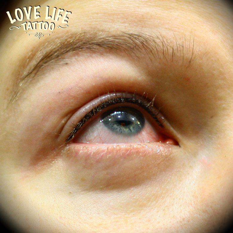 Татуаж глаз - верхнее веко, фото
