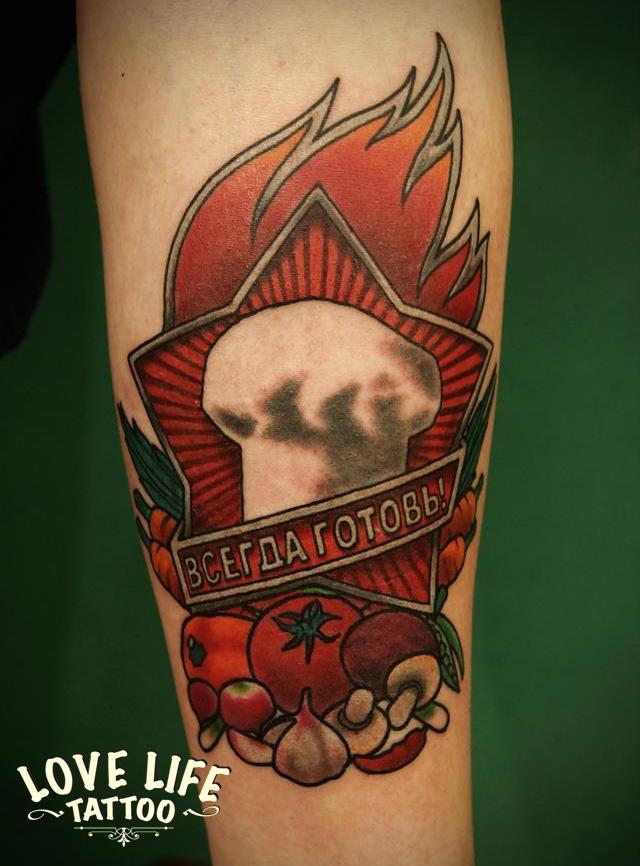 #tattoo #tattoos #traditionaltattoo #oldschooltattoo #moscowtattoo #russiantattoo #llt #lovelifetattoo #girl