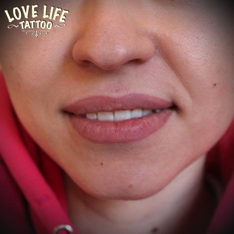 Татуаж губ - контура с растушевкой, фото