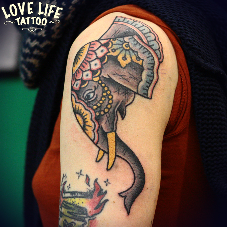 татуировка слона