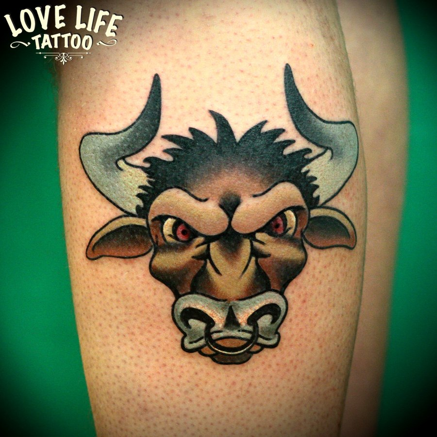 татуировка быка