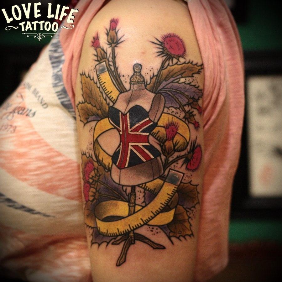 татуировка манекена