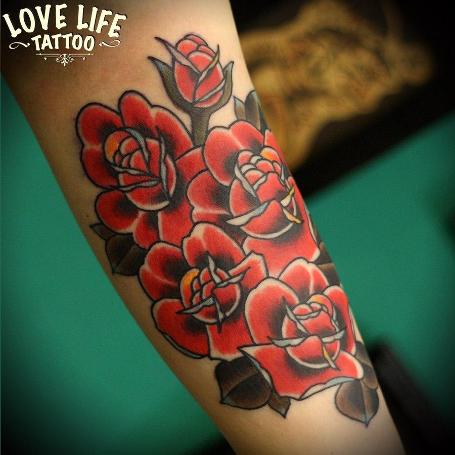 татуировка роз