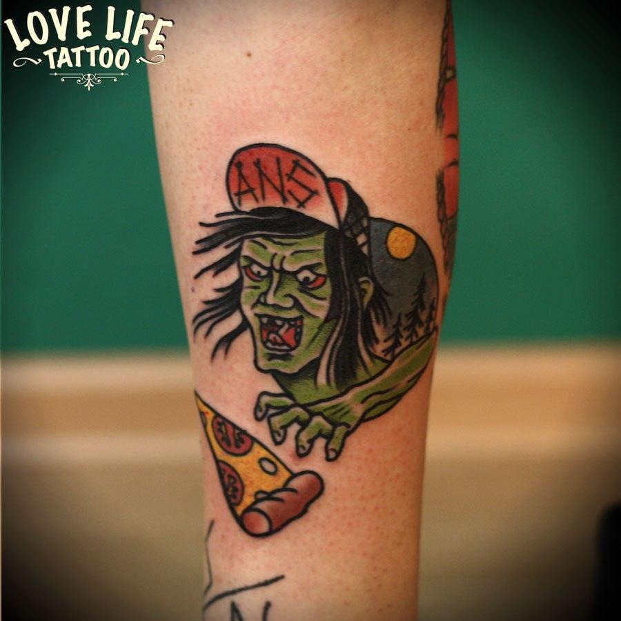 татуировка зомби с пиццей