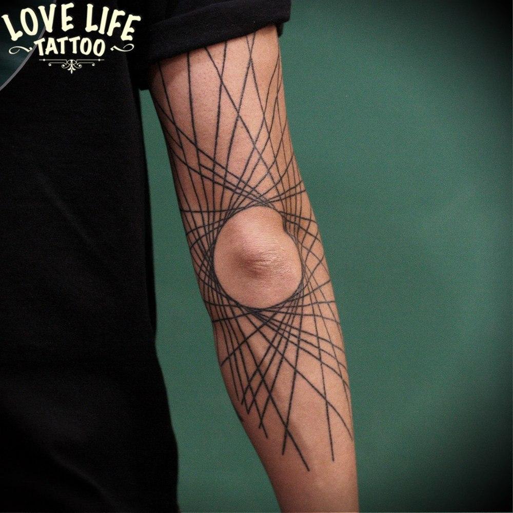 татуировка линий