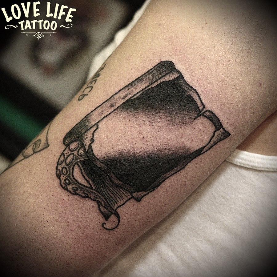 татуировка книги