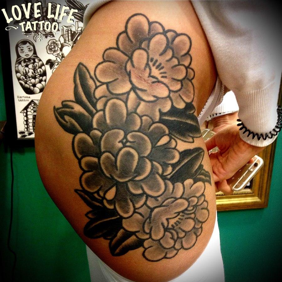 татуировка цветов