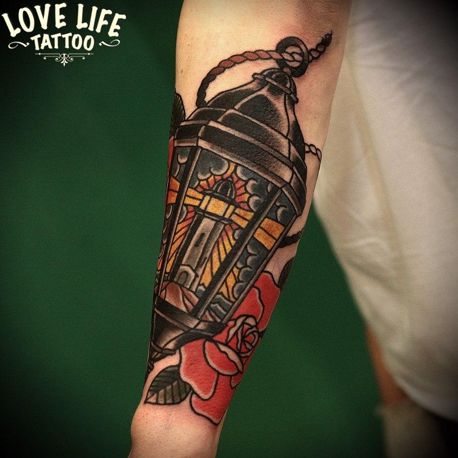 татуировка фанаря