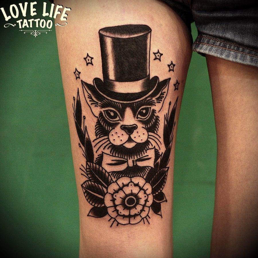 татуировка кота в шляпе