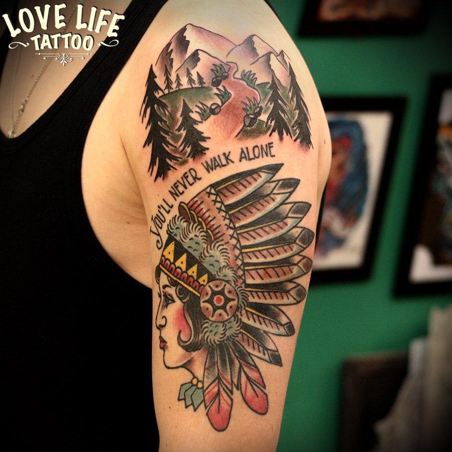 татуировка индианки и гор