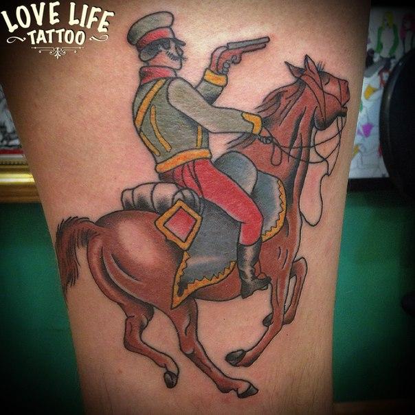 татуировка всадника на коне