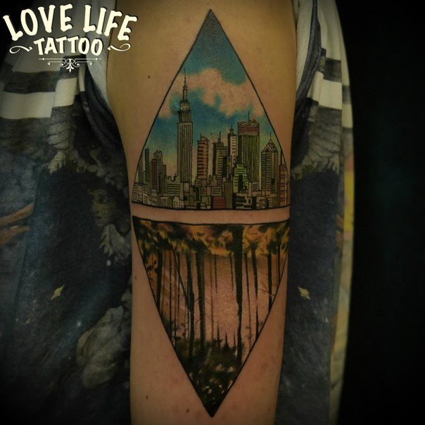 татуировка города и леса