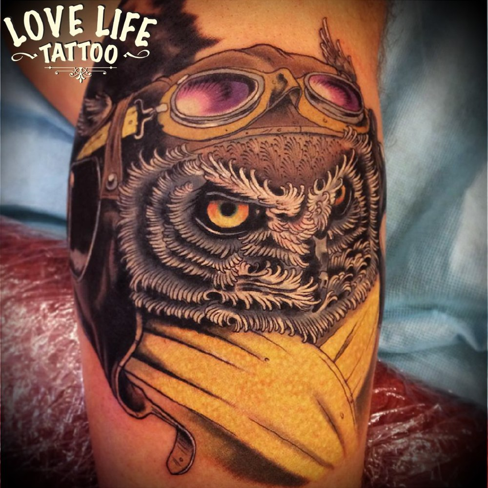 татуировка совы-пилота