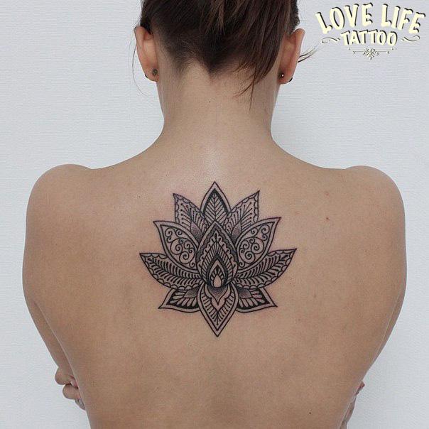 татуировка лотоса