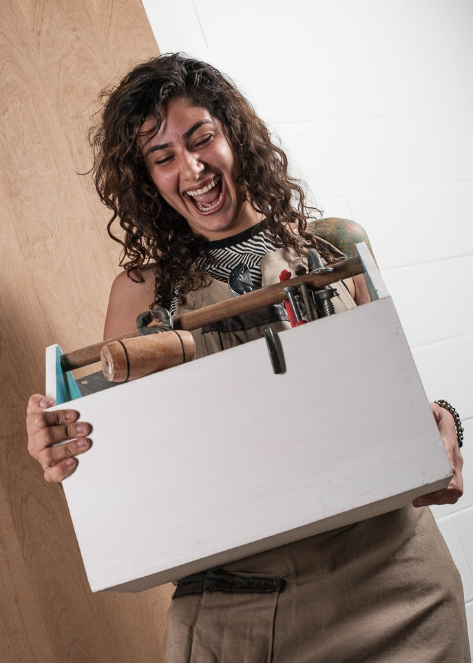 Nathália Satva - Nossa professora-luthier e alquimista das madeiras