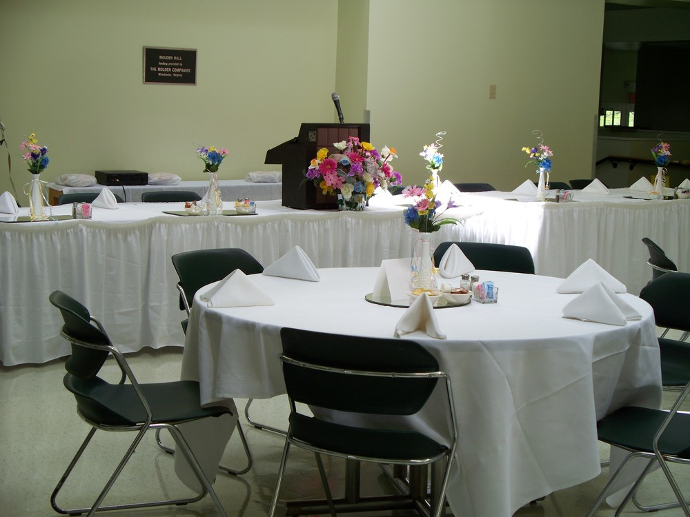 Dining Hall 1.jpg