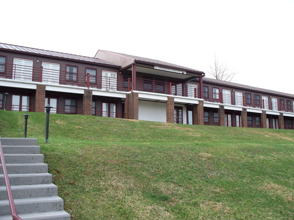 Lodge 5.jpg