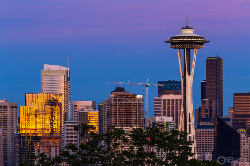SpaceneedleClose_0006-copy.jpg