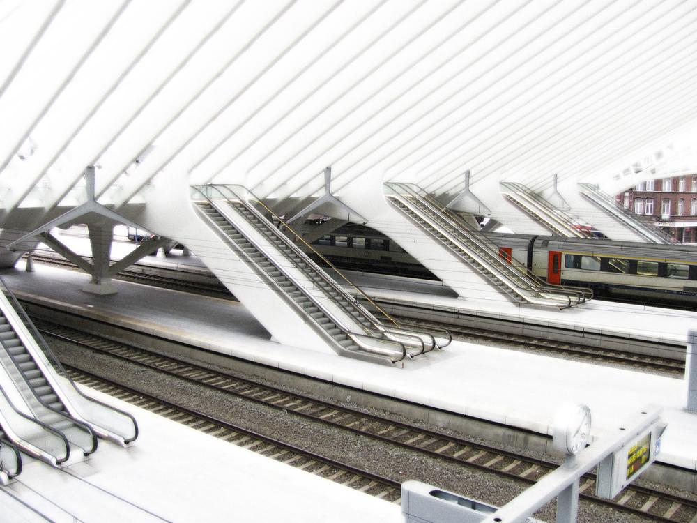 Escalator Banks to Platforms, Liege, VHS 2010
